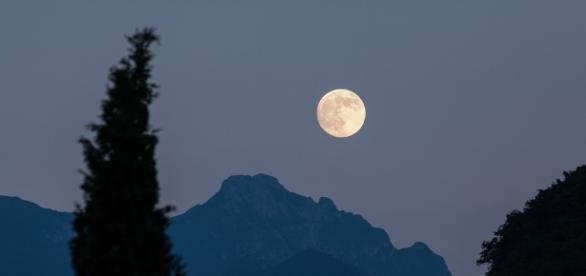 Full, Moon - Free images on Pixabay - pixabay.com