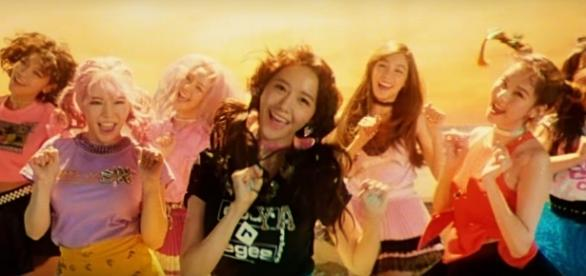 Girls' Generation 'Holiday' music video teaser (via YouTube - SMTOWN)