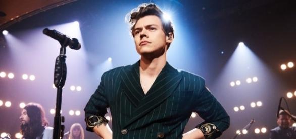 Harry Styles continua em carreira brilhante (Foto: Billboard)