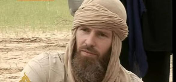 Photo Stephen McGowan during his captivity with al Qaeda [Image: YouTube/ Al Jazeera English]