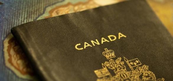 Canadá agora possibilita uma identificação de gênero neutra no passaporte.
