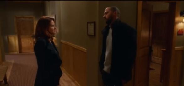 Grey's Anatomy 13x16 Jackson and April kiss (Japril the Sequel) - The Pompeo Method/YouTube