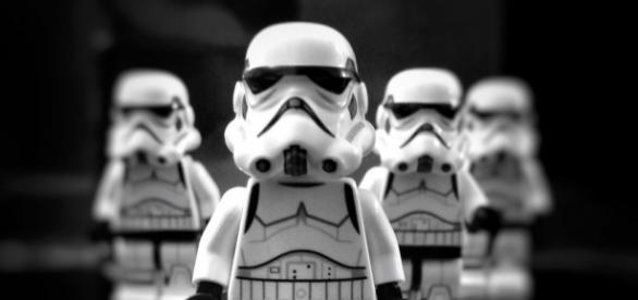Star Wars figurines - aldobarquin (Pixabay)