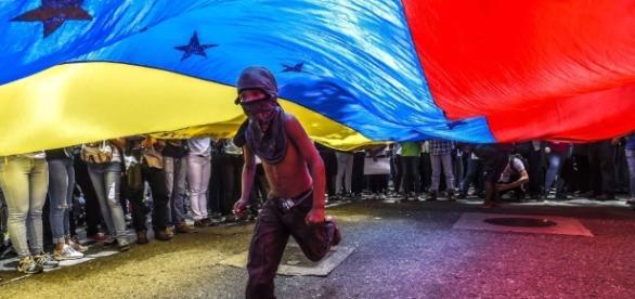 Venezuela opposition figures Leopoldo Lopez and Antonio Ledezma ... - cnn.com