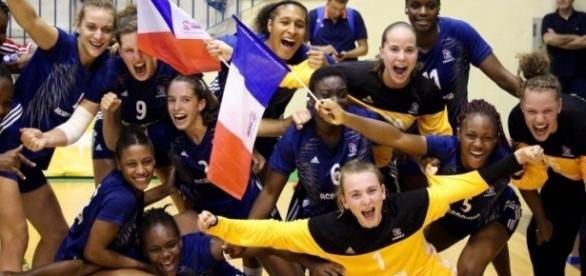 Roxanne Frank et l'équipe de France vainqueur de l'Euro