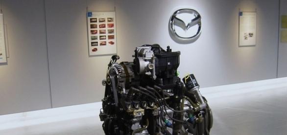 Mazda Museum Mazda 13B-MSP engine - Taisyo | Wikimedia.org