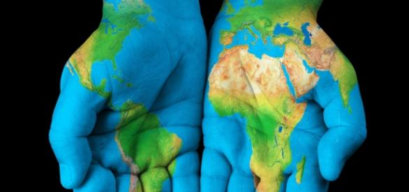 Expat life: the world in your hands