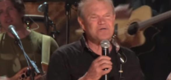 Glen Campbell's final tour - Image -CBS Sunday Morning | YouTube