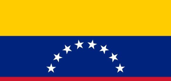 L'attuale bandiera del Venezuela