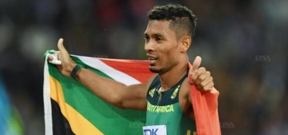 Van Niekerk s'impose sur le 400m