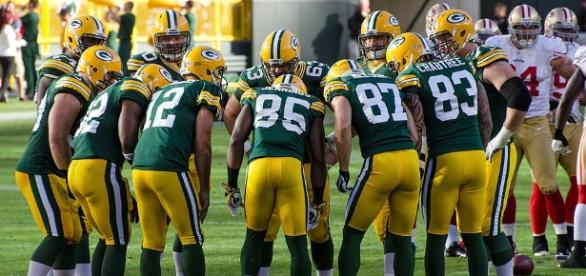 Green Baby Packers defeat the Seattle Seahawks in second half | Image Credit: Wikimedia Commons