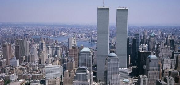 The Twin Towers in New York City https://upload.wikimedia.org/wikipedia/commons/thumb/a/a0/Twin_Towers-NYC.jpg/1272px-Twin_Towers-NYC.jpg