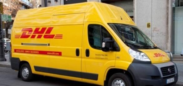 Tre furgoni Dhl sono stati rubati a Milano, allerta terrorismo in tutta Italia