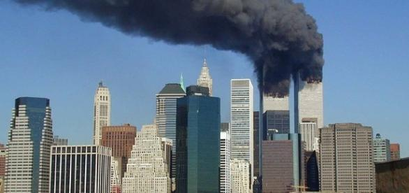 World Trade Center on 9/11 (Michael Foran wikimedia commons)