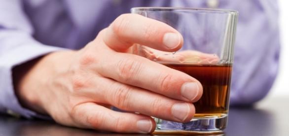 Alcol e cancro: uno studio ne dimostra il serio pericolo nascosto dai produttori