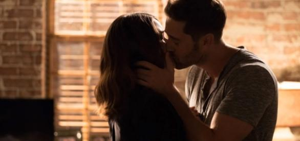 "Liz and Tom Keen are totally reuniting in ""The Blacklist"" Season 5. Photo by SPTV/YouTube Screenshot"