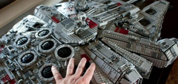 New LEGO Star Wars UCS Millennium Falcon 75192 to Launch From Oct ... - geekculture.co