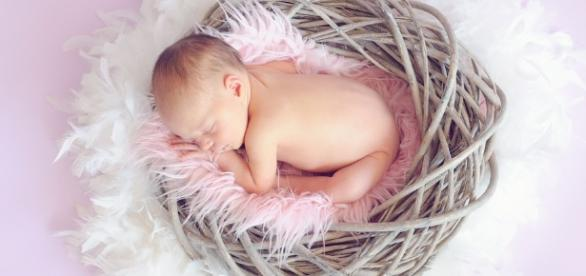Sleeping, Baby - Image via Pixabay.