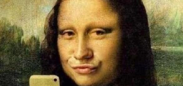 Un segno de tempi: Il selfie della Gioconda.