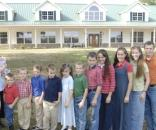 Josh Duggar fails incest lawsuit as Anna Duggar gives birth. Source Wikimedia