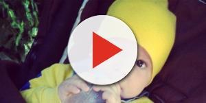 Bebê morto de fome dentro de casa
