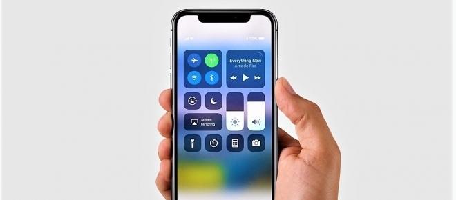 iPhone 8 ed X: quanto costano realmente i melafonini di Apple?