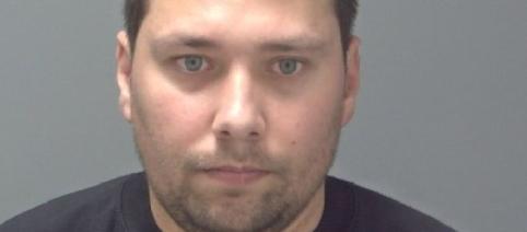 Român condamnat la șapte ani și jumătate de închisoare în UK după ce a violat o bătrână