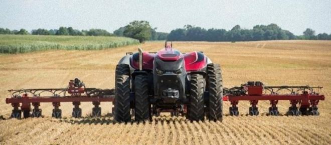 Trattori che si guidano da soli, ecco l'agricoltura del futuro