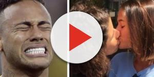 Bruna beija na boca outra mulher
