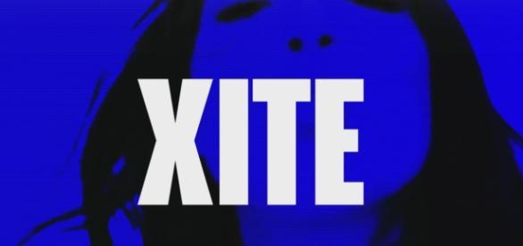 XITE Trailer aus dem laufenden Programm - im Hintergrund ist die Sängerin Dua Lipa / Foto: XITE TV
