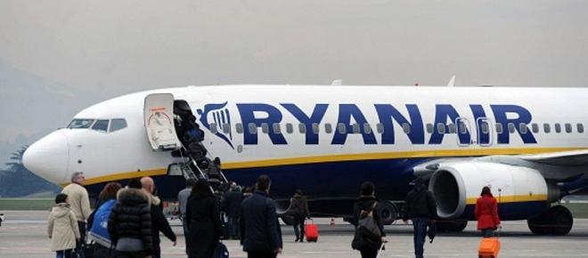 Giudice di Pace condanna Ryanair a un doppio risarcimento dei passeggeri