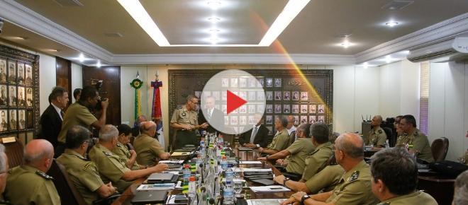 Ministro da Defesa e Exército se reúnem em nova decisão sobre o general Mourão