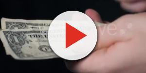 4 ways to earn money from Instagram. Image-New Stock Video Videos/YouTube