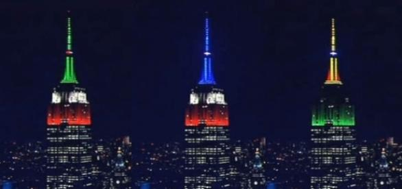 The Empire State Building in NYC lit up to honor victims of Hurricane Maria and the Mexico earthquake [Image: YouTube/LIVE SATELLITE NEWS]
