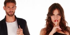 Secret Story 11 : Comment Julie a-t-elle réagi après que Charles est rompu en direct avec elle ?