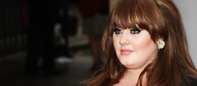 Adele adelgazó 70 kilos con una rutina de ejercicios de 7 minutos