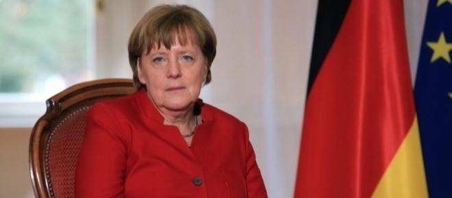 Angela Merkel, 'formalità' elettorale: il problema è il post-voto
