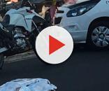 Policial avistou dois suspeitos em uma moto vermelha e reagiu