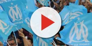 Drapeaux des fans de l'Olympique de Marseille
