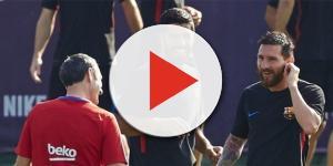 Ernesto Valverde, Leo Messi y Luis Suárez durante un entrenamiento del Barcelona