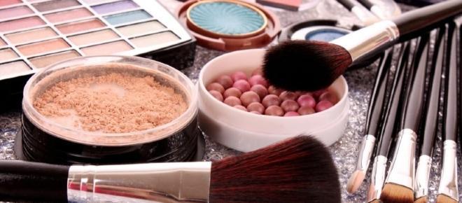Dicas para substituir produtos de maquiagem ou reaproveitá-los