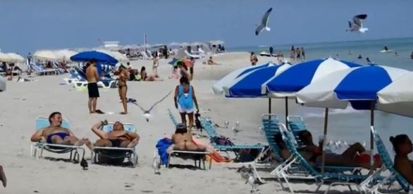 4 great beaches in the US. Image-kapumail/YouTube