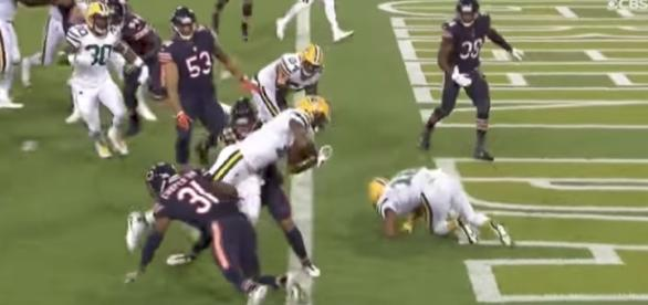 The Packers defeated the Bears 35-14 in Green Bay on Thursday night. [Image via NFL/YouTube]