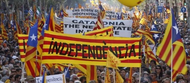 Catalogna, dopo il voto di domenica oggi lo sciopero generale