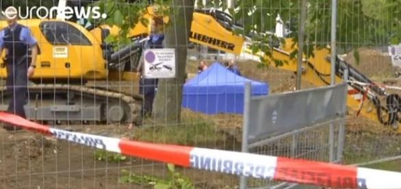 """Frankfurt evacuates 60,000 residents to defuse British """"blockbuster"""" bomb [Image: YouTube/euronews (in English)]"""