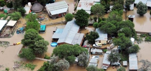 Text messages aim to save lives in flood-prone African areas ... - voicesofafrica.co.za