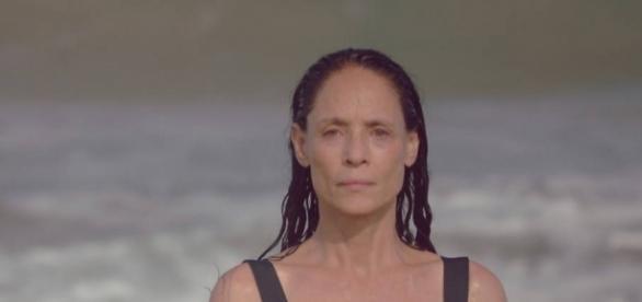 Sonia Braga em cena do filme Aquarius