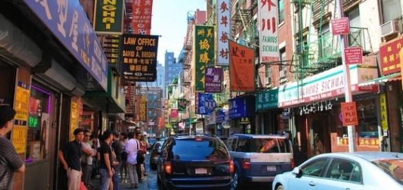 Chinatown in Manhattan, Image Credit: chensiyuan / Wikimedia