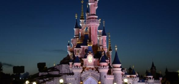 Disneyland Paris, Sleeping Beauty Castle. Photo Source: Flickr by Alias