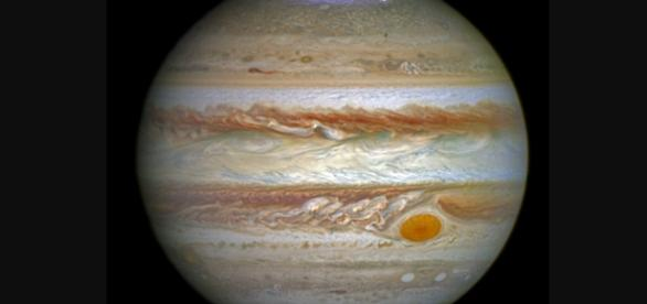 NASA scientists analyzed data from the Juno probe to better understand the auroras in Jupiter. Image source: NASA